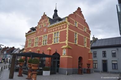 oud stadhuis peer