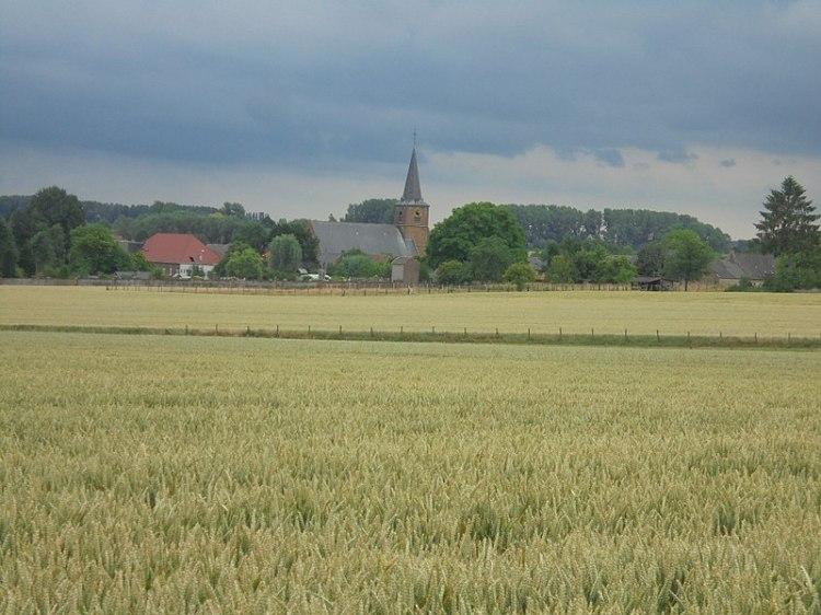 800px-Heilige_Mariakerk_van_Everbeek-Beneden_in_2017