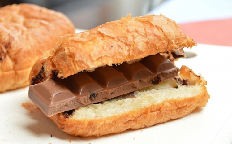 bar-of-chocolate-in-croissant.jpg